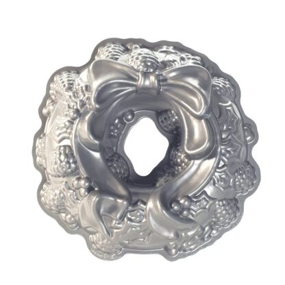 Nordic Ware Stampo Bundt Holiday Wreath - NW 85348